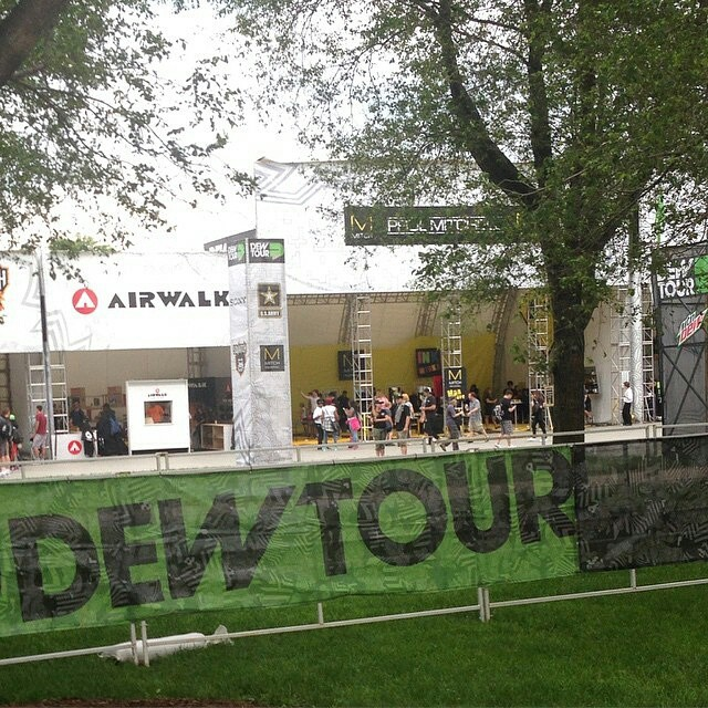 #Regram @andymac720 - If you're in Chicago, cruise by the @dewtour. It's free, it's #goskateboardingday & I'll be at the @airwalk_online booth signing at 2pm.