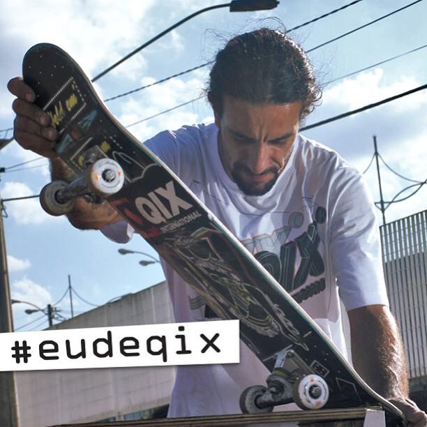 Pegue seu QIX e aproveite o Dia Mundial do Skate para fazer muitas manobras. Não esqueça de tirar uma foto, publicar e marcar a #eudeqix. A foto mais criativa ganhará um kit com produtos QIX.  Saiba mais em http://qix.sk/eudeqix