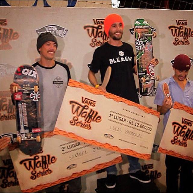 @samuel_jimmy foi o segundo colocado no Waffle Series que rolou neste final de semana em São Caetano do Sul - SP. Parabéns mestre Jimmy! #qixteam #qix #skate #skateboard #waffleseries #skateboarding #Brasil #skateboardminhavida