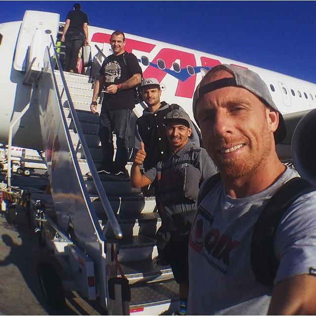 O skatista da #QIX @fabiosleiman partiu para a Amazônia para desbravar novos picos. Sleiman está com os amigos @vanderleyarame @allancarvalho e @brunotaioli #qixteam #qix #skate #Amazonia #skateboard #skateboarding #Brasil #trip #skateboardminhavida