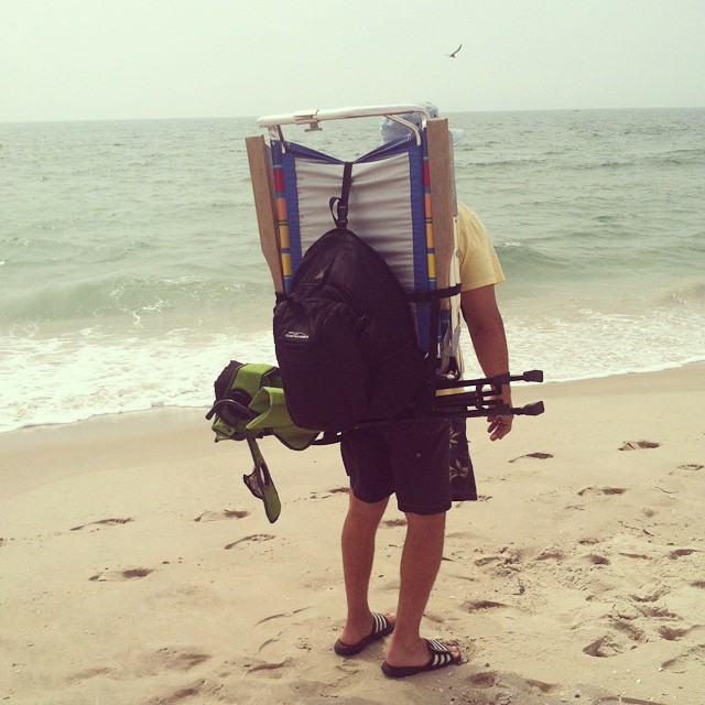 The Tahoe making a trip to the #beach simple and hassle free!  Thanks for the photo John!  #takeittothebeach #getoutside #handsfreetravel #LBI #NJ #graniterocx #backpacks #coolers