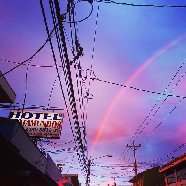 S U N S E T S in San Jose come with rainbows /// arco iris ||| #costarica #puravida #sanjose /// @billabongwomens #wandermuch #sunset #grassrootsskies #másallá #allnatural #powerofpositivity #comopapayaylimon #unpocomáscercadelajatohechopormagico