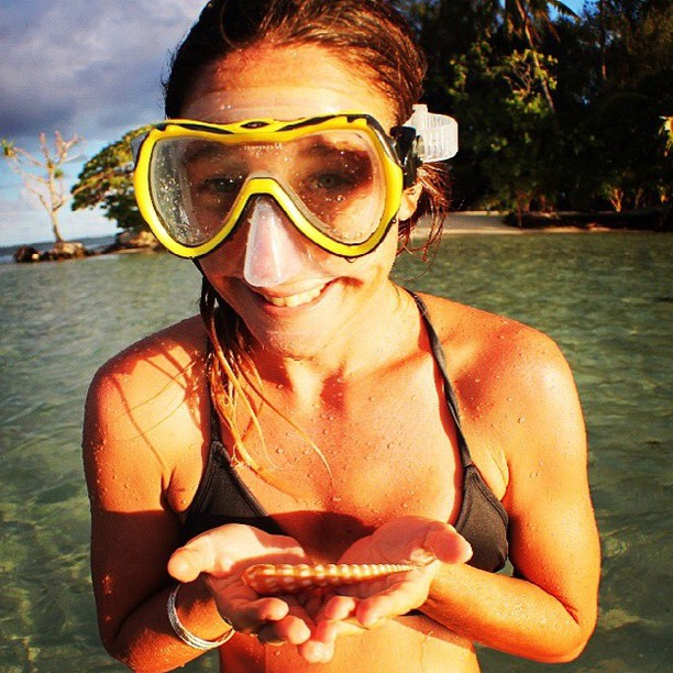 Summer is... finding ocean treasures || exploring with @babeinthewaves || #getoutthere #miolawesome #summereveryday #borabora #oceantreasures #oceanlover #mermaid