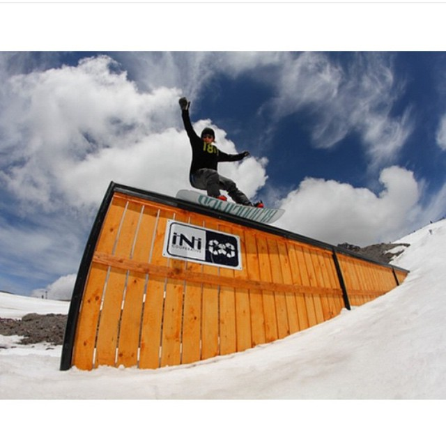 The new #iNi feature @windellscamp is sick! Nice press her from @kyleknndy |