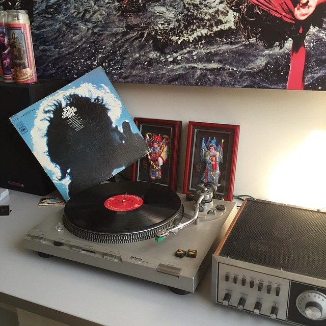 The times may be a changin, but there's plenty of fun still to be had. #VonZipper #BobDylan #TurntableTuesday