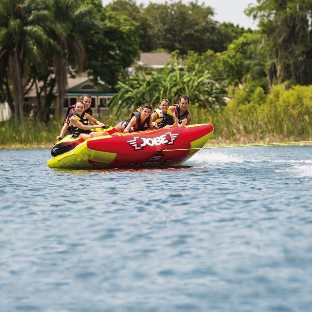 Looking for a thrilling ride or just want to have fun? It's all possible on the charter! #boating #fusionoffun