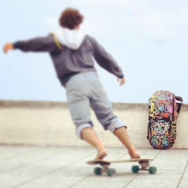 Indra Outdoors longboard & Skate Backpack