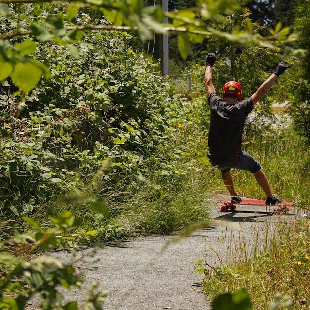 @kurtisscott666 going right on a tight island path on some #redvicious