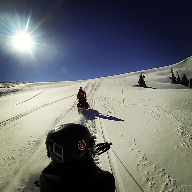 Our friend Ryan was taking pow laps up on #vailpass yesterday - it was a beautiful #bluebird day with a foot of fresh snow - get some! #mountainlife #shredlife #snowmobiling #backcountry #skiing #exploremore