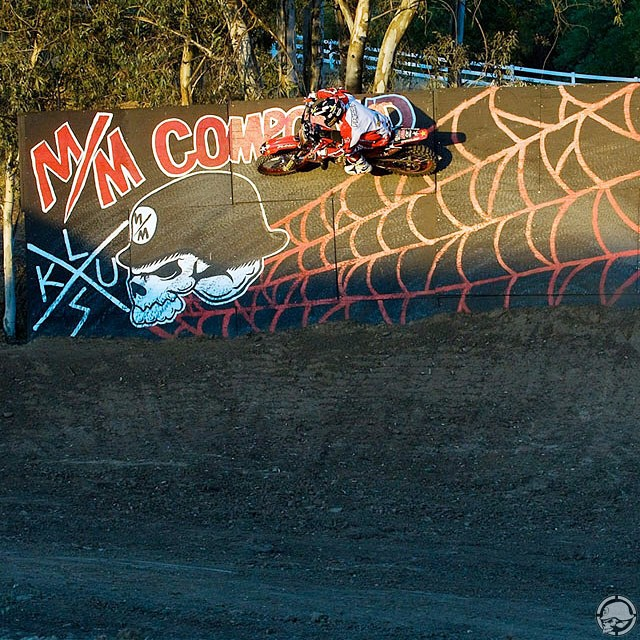 Pleasure in the job puts perfection in the work, Do what you #LOVE and don't let anyone tell you differently! @RonnieFaisst taking the #MMCompound wall on