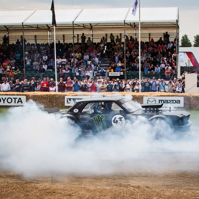 HHIC @kblock43 bakin' 'em up in the Hoonicorn RTR at @FOSGoodwood! What would you do to catch a ride in the #Hoonicorn? #845hp #killalltires
