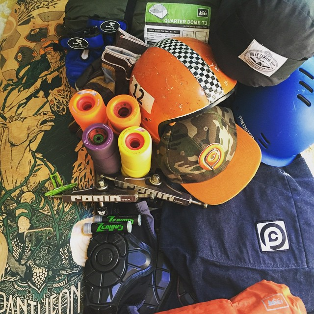 Essentials packed, headed to #Giantshead @pantheonlongboards @orangatangwheels @ronintrucks @zealousbearings @predatorhelmets @loadedboards @timeshipracing @gformprotects @bombsquard #rei #polarstuff #pushcultureapparel #crashpants