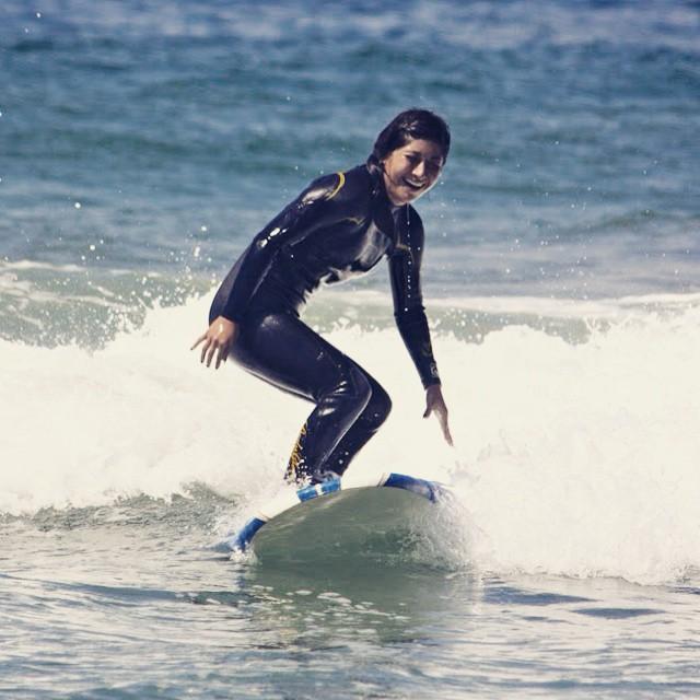 Happy Friday! #surf #surfing #surfer #surfergirl #surfboard #surfsup #hangten #beach #ocean #waves #water #sunshine #summer #happiness #smiles #fun #youth #mentor #volunteer #laughter #losangeles #riderhewave #stoked #stokedorg
