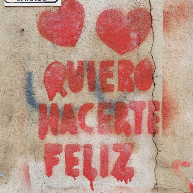 ❤️ #happy #mensajes #spray #streetart #stencil