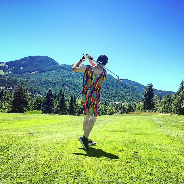 Happy Friday! Re-inventing golf attire #permissiontoplay