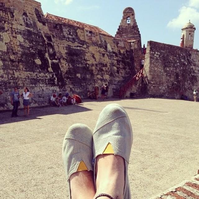 Por donde andan sus #paez? @dianibohortez las llevó a #Cartagena #colombia #paezholidays #paezshoes