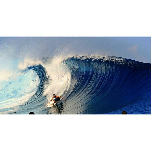 @juanarca1 -  Tahiti paraíso de olas y calor