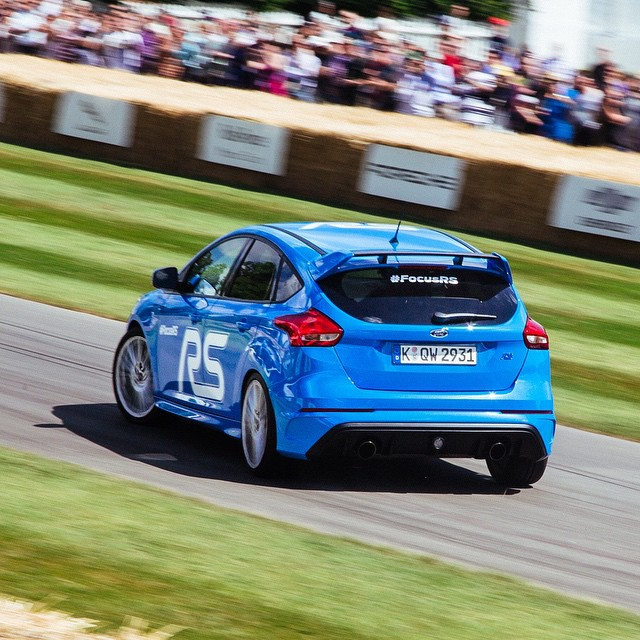 Praise the Ford for AWD! Look @kblock43 getting the new Focus RS to oversteer up the Goodwood Festival of Speed hill. Anyone else excited for this car to come out? #focusrs