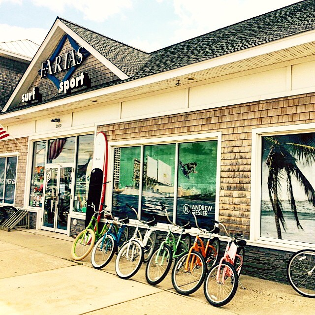 You can find a full range of  ulu LAGOON @fariassurfsport on beautiful Long Beach Island, NJ! The new shop looks awesome guys, keep up the great work! @farias #uluLAGOON #lbi #nj #surfwaxcandles #surf #supshops #surfshops #beachculture #andrewgesler