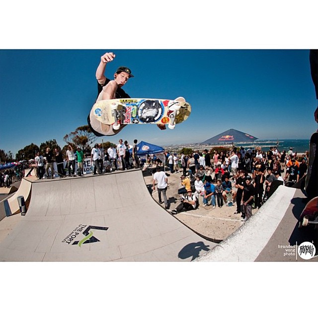 @tristanrennie floating an ollie at the #sanpedroshred.