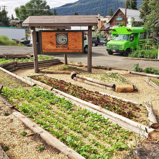Stop by the @sunvalley farmers market today and grab a fresh special salad from @kelhavens including radishes from the #PHGB #community garden !!!