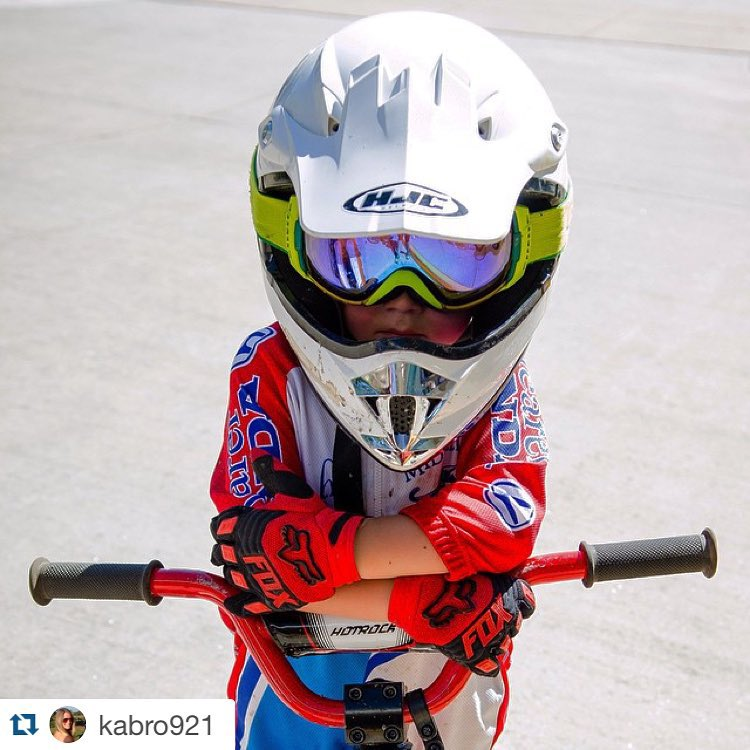 #Helmetsarecool photo by @kabro921! Share a photo of you wearing your helmet w/ #Helmetsarecool @hi5sfoundation & @woodwardtahoe for a chance to win a bunker pass. Shop #Helmetsarecool stickers at highfivesfoundation.org/shop