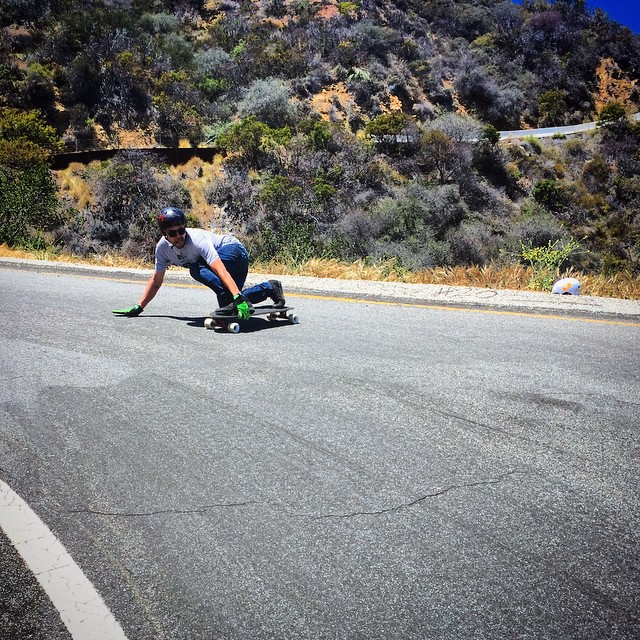 Dubes out testing in the Bu. #timeshipracing #gloveyoulongtime #newthingersforyourfingers #paristrucks #skateriviera #divinewheels