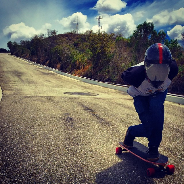 Gloomy days in Socal. Just a friendly reminded to go out and have some fun on your skateboard. #timeshipracing #gloveyoulongtime #skateriviera #divinewheels #paristrucks