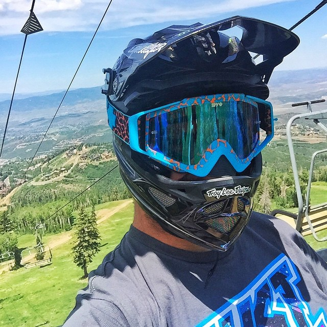 My preferred kind of #selfie: riding on a lift high up in the Utah mountains. Time to do some laps on my new Specialized downhill bike - today is my first time riding it here on my home trails in Park City. @TroyLeeDesigns helmet and @SpyOptics goggles...