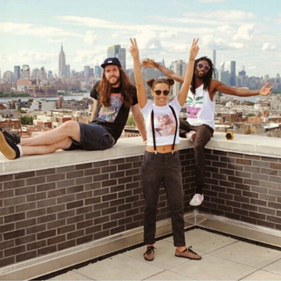 @thredditofficial is having a big 'ok rooftop party in NYC for 4th of July #merica #bbq