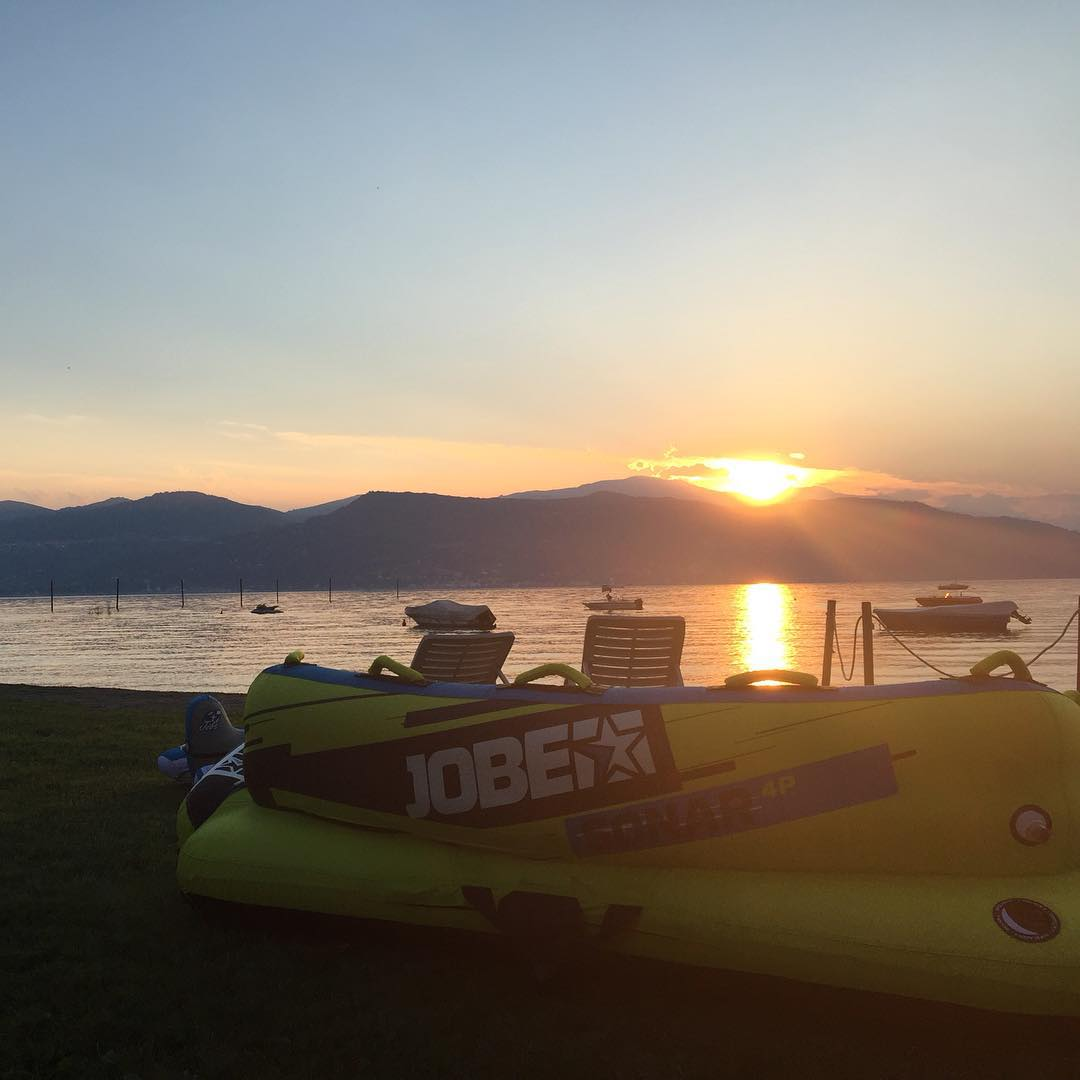 Last weekend Jobe's fifth Fusion of Fun tour took place at Lago Maggiore (Italy): two days that were all about fun in a beautiful environment! #jobe #fusionoffun #italy #watersport #jobemoments