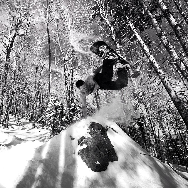 Snow was legit this winter in New England. Here's a @farmerchip photo of Mike Baker with a backwoods shirtless handplant from issue 35. #steezmagazine #issue35 #mikebaker #handplant #snowboarding