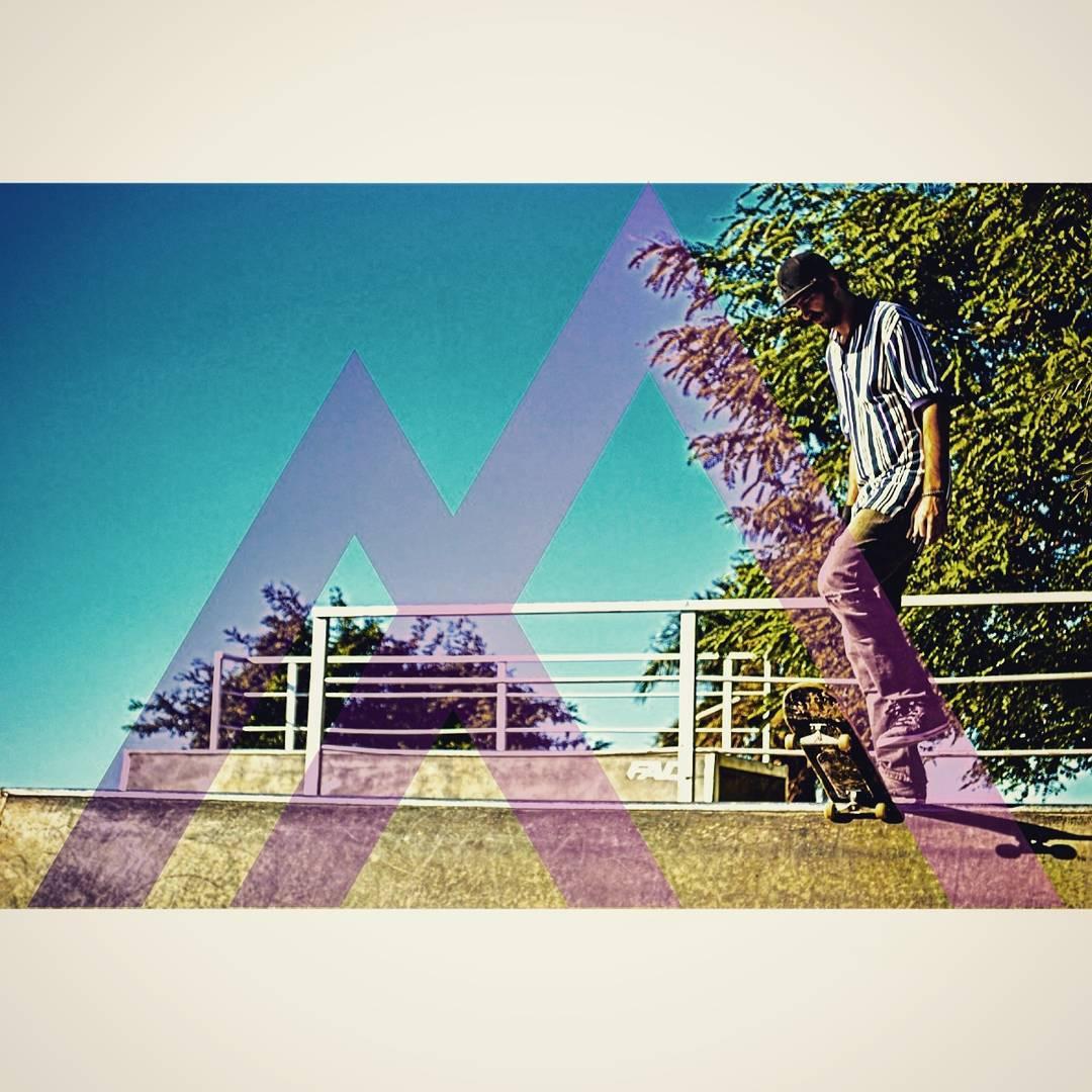 Te avisé que se viene algo grande?? Haceme casoooo  @zompontroli a punto de pudrirla!! Fijate en nuestras fotos anteriores y fijate cómo hacer para participar por un gorrito divino!!! #VITA #VitaCaps #VitaBeanies #FADU #UBA #School #Good #Work #Design...