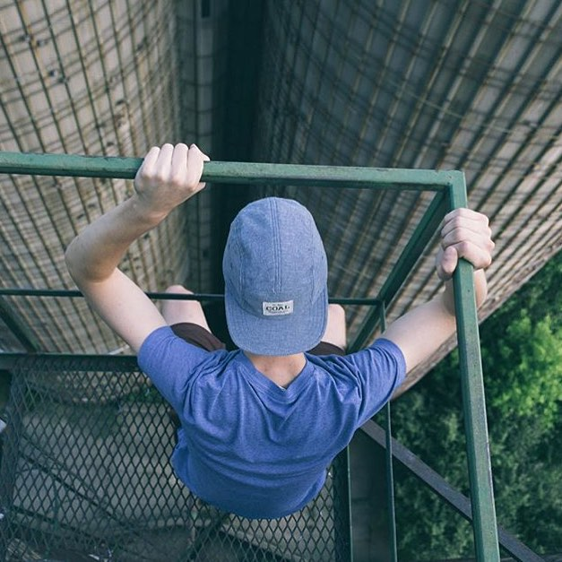 This photo from @spencewarren embodies some serious summer vibes. Hope you're not afraid of heights! #coalheadwear #coaltravels