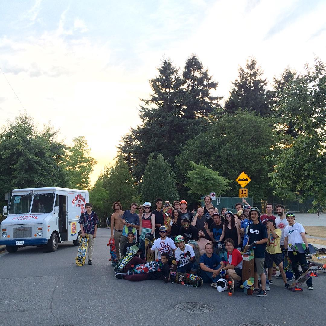 We just wrapped up an awesome session at the @flatspotshop x @paristruckco Learn How To Stop clinic at #ClarkPark in beautiful Vancouver, BC! The weather was perfect, an awesome group of stoked skaters showed up, and fun was had by all (even the ice...