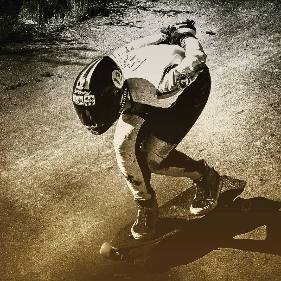 Encontrate con lo mejor del deporte extremo!  www.wikasport.com  #andarxandar !!! #Longboard #longboarding #longboards #longboarder #longboardlife #longboarders #longboard4life #longboardlove #longboardsworld #longboardlifestyle #longboarddancing...