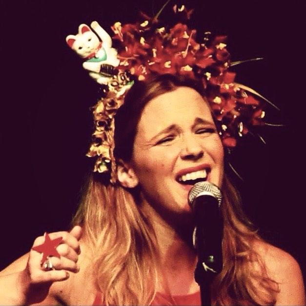 La linda de @solmihanovich que canta como los dioses