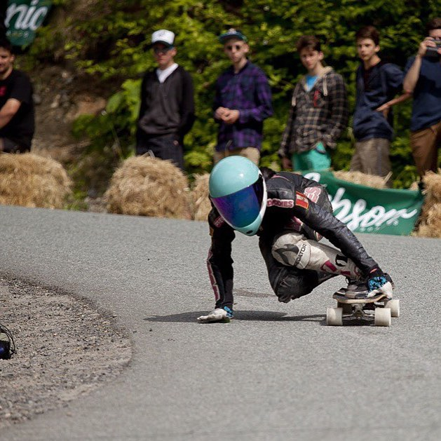 Head to longboardgirlscrew.com to check @britanniadh Women's Final heat to get some inspiration for your weekend!  In the picture @cocomarii on her way to the podium. Congrats again on the win Mariiii!  @raynelongboards photo.  All the best for...