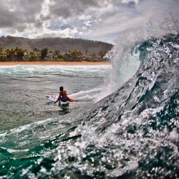 Carlos Muñoz @munozcali #NorthShore capturado por @juanbacagianis #Hawaii #TrueToThis