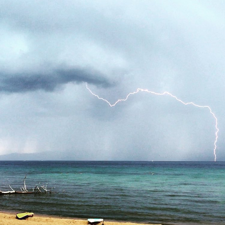 I'm pretty sure I haven't seen lightning in 4 years #drought #thunderstorms #california #tahoe #laketahoe #4thofjuly #IndependenceDay