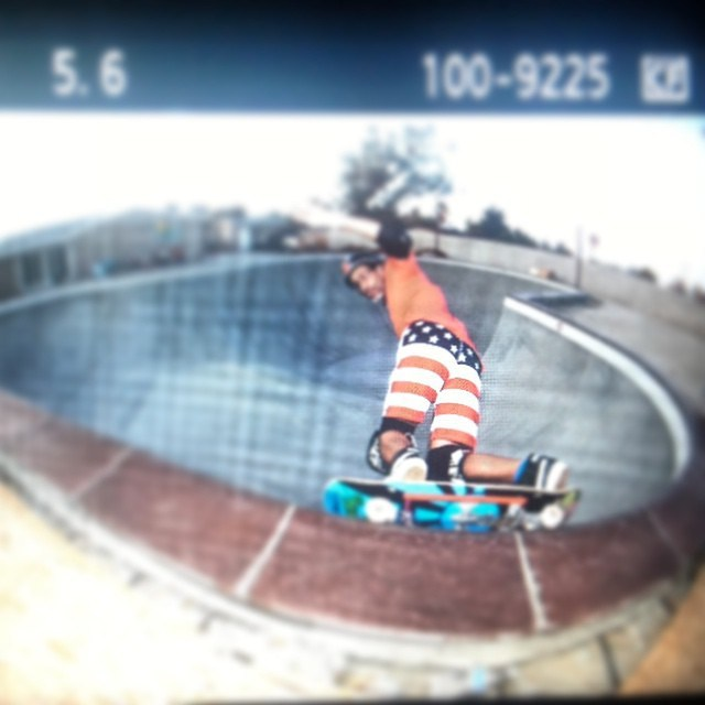 Regrammin ' @eddieelguera 's patriotic carve . Have a safe and super fun 4th of July everybody . #skatesafe #4thofjuly #patrioticashorts #s1lifer #s1helmets