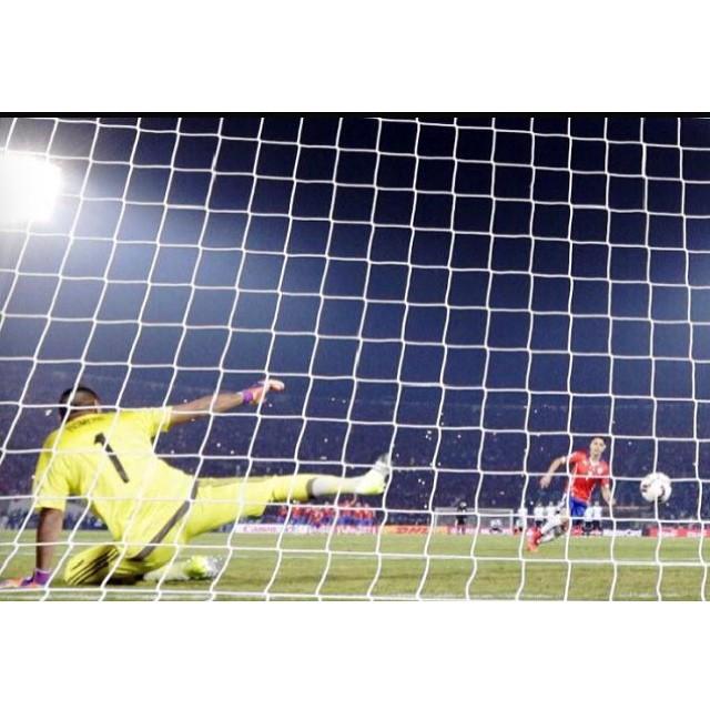 Viva Chile! #CopaAmerica #BallsToNets