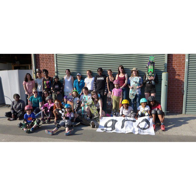 Please check out the link in our bio to help teach #NYC girls how to skate! Only a couple days left to reach the goal so every dollar helps!!! #ridetrue #ladiesofshred #thankyouskateboarding Please spread the word ❤️❤️❤️