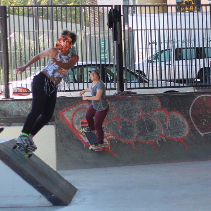 @fuzzy_bandito and @666todiefor shredding Soma Skatepark #ladiesofshred @skatelikeagirlsf