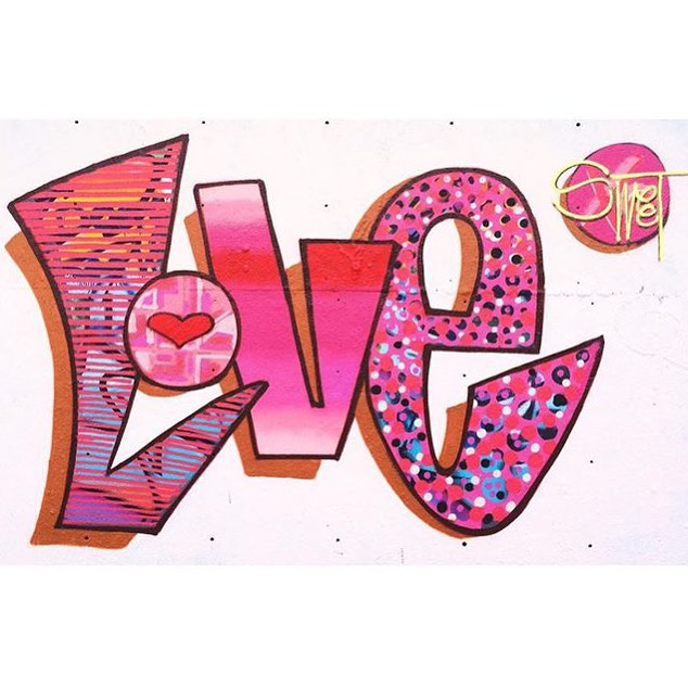 We LOVE @400mlbakery • • #atx #texas #tx #austintx #love #graffiti #grafite #steetart #sweet