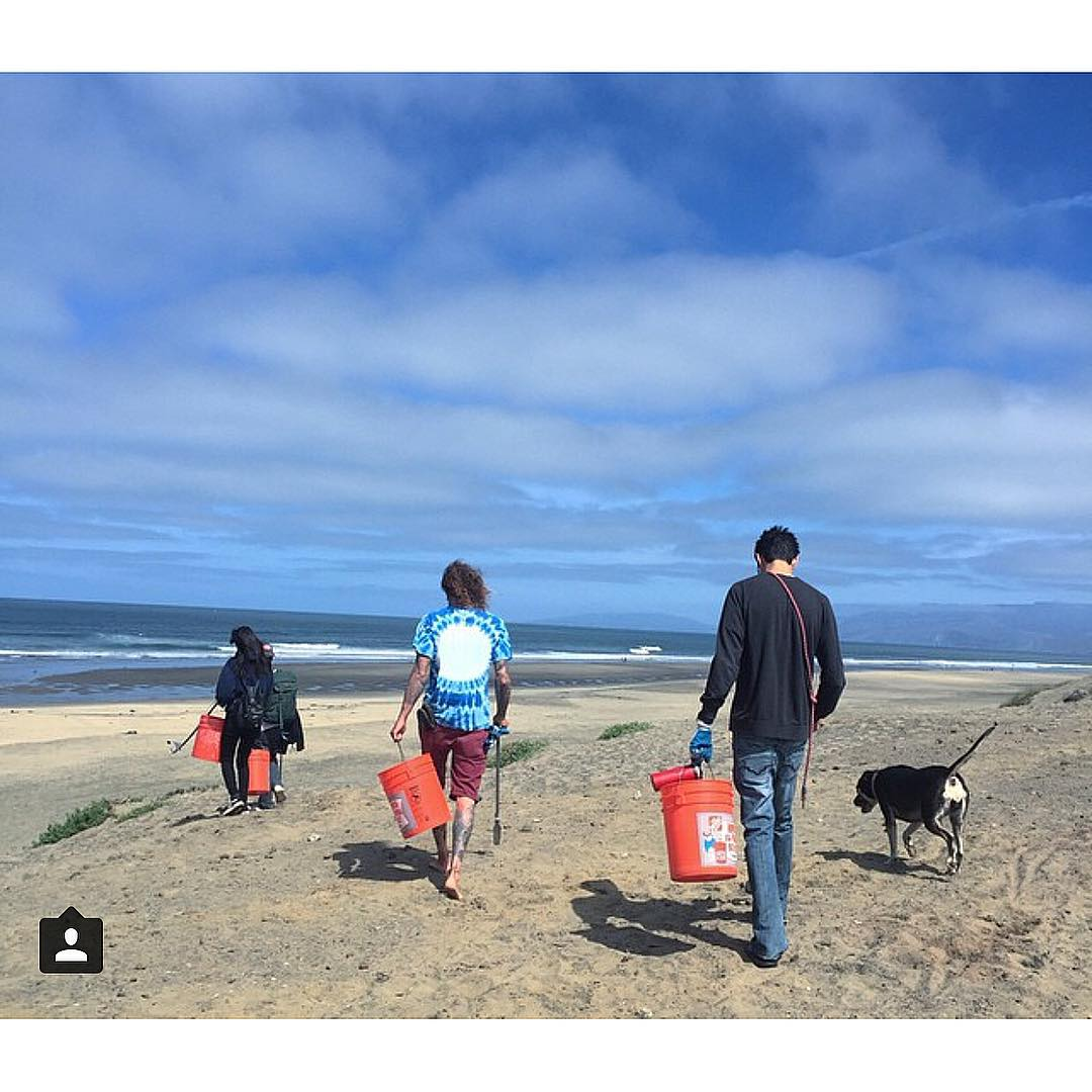 Stoked on yesterday's @patagoniasf Dog Friendly Beach Clean with the Noriega Locals! #repost #stokedsfsurfridervolunteers #sfbeachclean