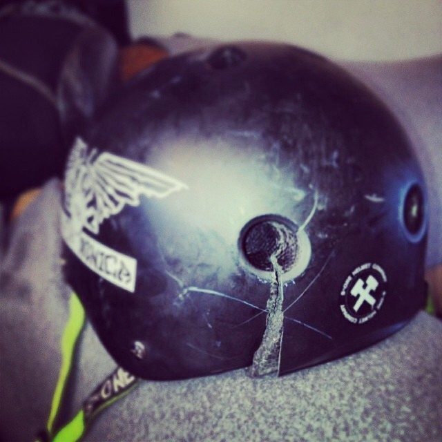 Regram @oldmanskatesesh and @bryanhaddock 's #s1 #lifer #helmet after a serious slam. #skateboarding #concreteconnection