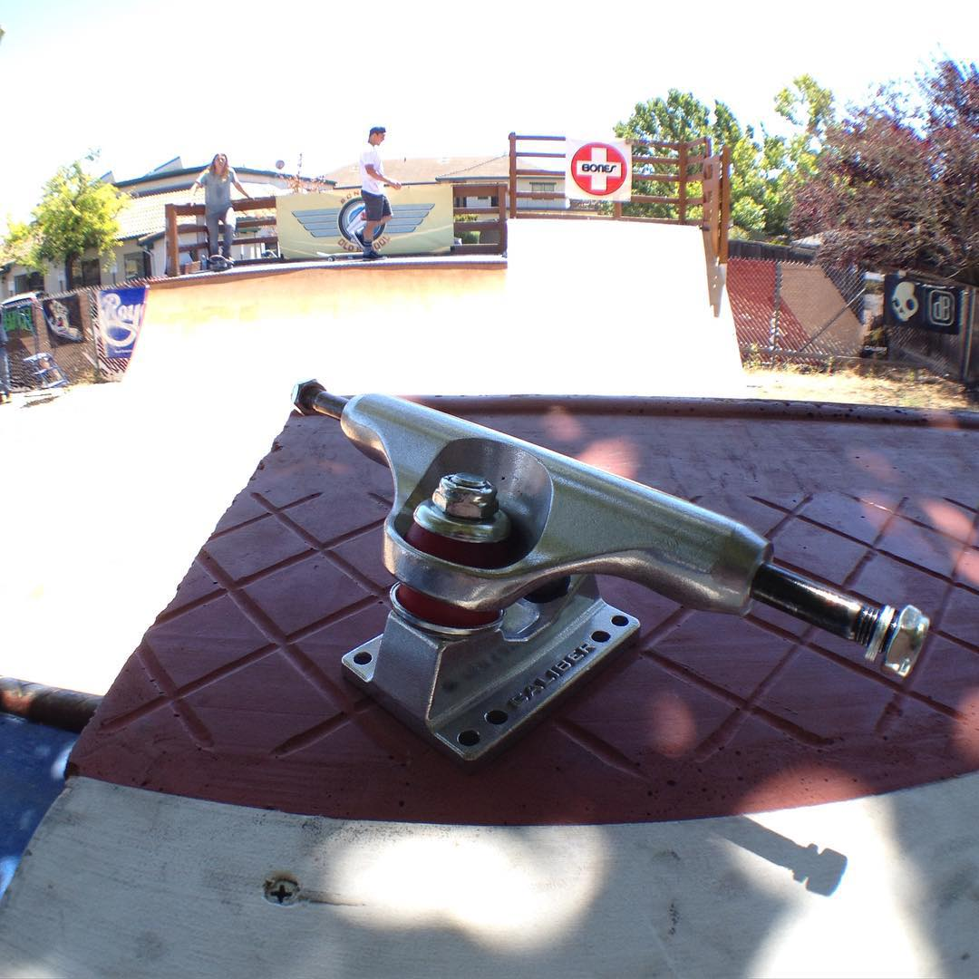 Next smith grind at Sonoma Old School wins a new set of #caliberstandards ! Today by 330! Photo shot on @olloclip #SK8NORTH