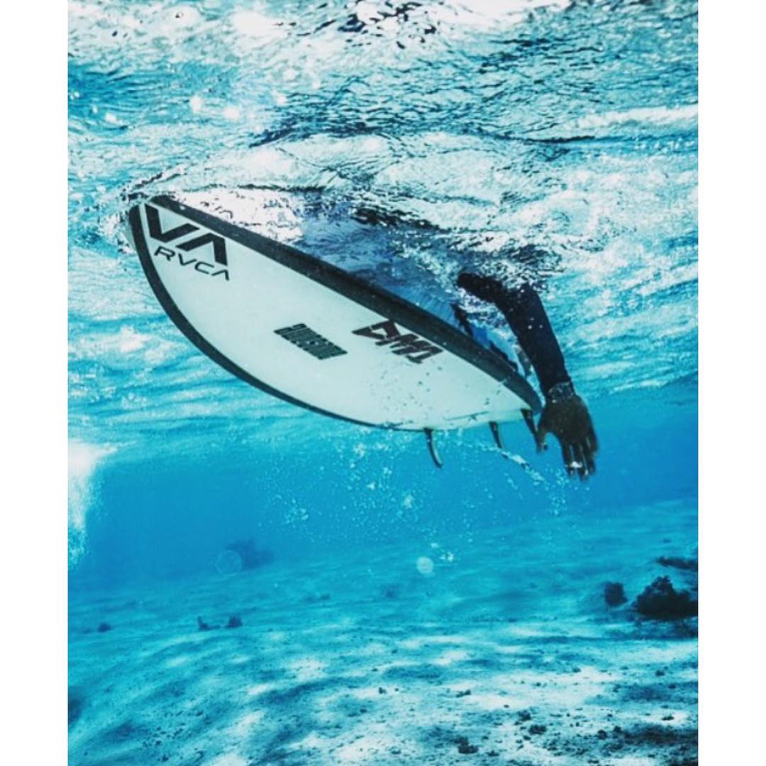 Hira in the Tuamotus on theStandard @hirateriinatoofa #awesome #awesomesurfboards #surfing #tahiti #surf #tahiti #tuamotus#wannastaythere