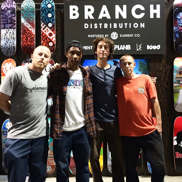 First day of #agendashow that's a wrap. Thanks to everyone who came by to say what up... Round two tomorrow! @donnybarley @ethanloy, @domowaka, @westgatebrandon